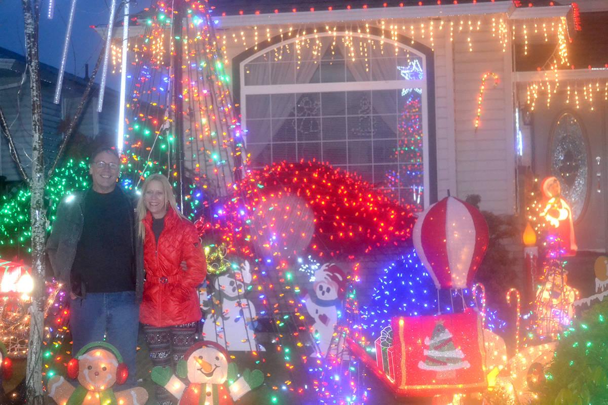 Robin and Michele Girouard's home in Aldergrove, 27079 24a Ave, is decked with lights. (Ryan Uytdewilligen/Aldergrove Star)
