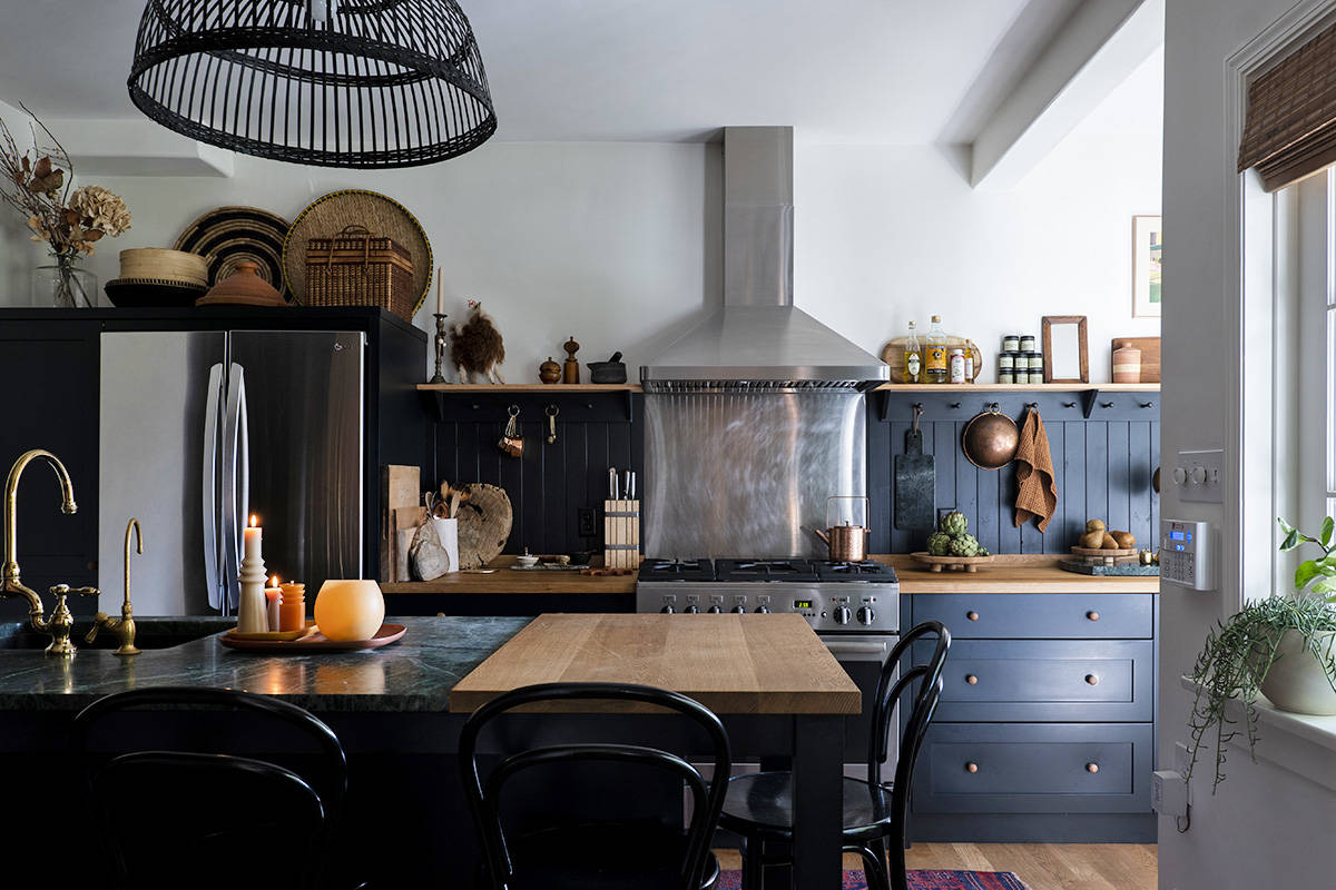 Designing a cosy kitchen. Lia Crowe photograph