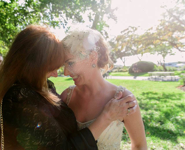Jennifer Carroll, right, with her mother, Allison Sears, on Carroll's wedding day. Sears died of a brain hemorrhage, but was able to donate organs to save three lives on Christmas Day five years ago. (DANIEL MA/ d'Soleil Photography)