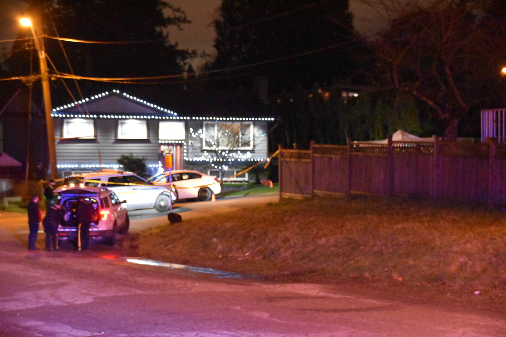 Police on scene of a shooting in the 11000-block of 148A Street in Surrey on Monday, Dec. 28, 2020. A man was shot and killed in a residential neighbourhood. (Photo: Curtis Kreklau)