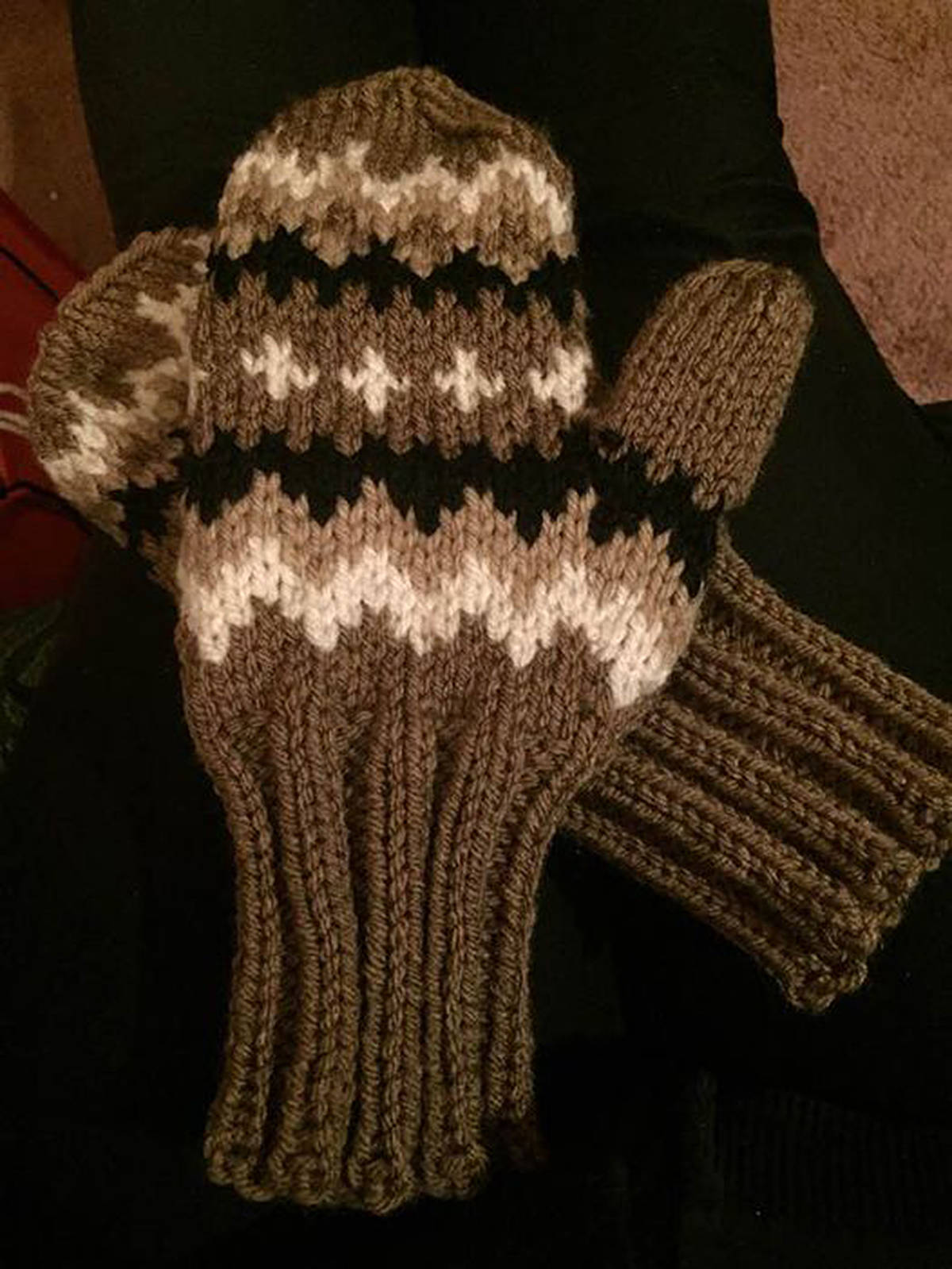 Shirley Stewart was inspired to make her own version of 'Bernie Mittens' for herself and three friends. She said hundreds of knitters around the world are doing the same. (Facebook image)