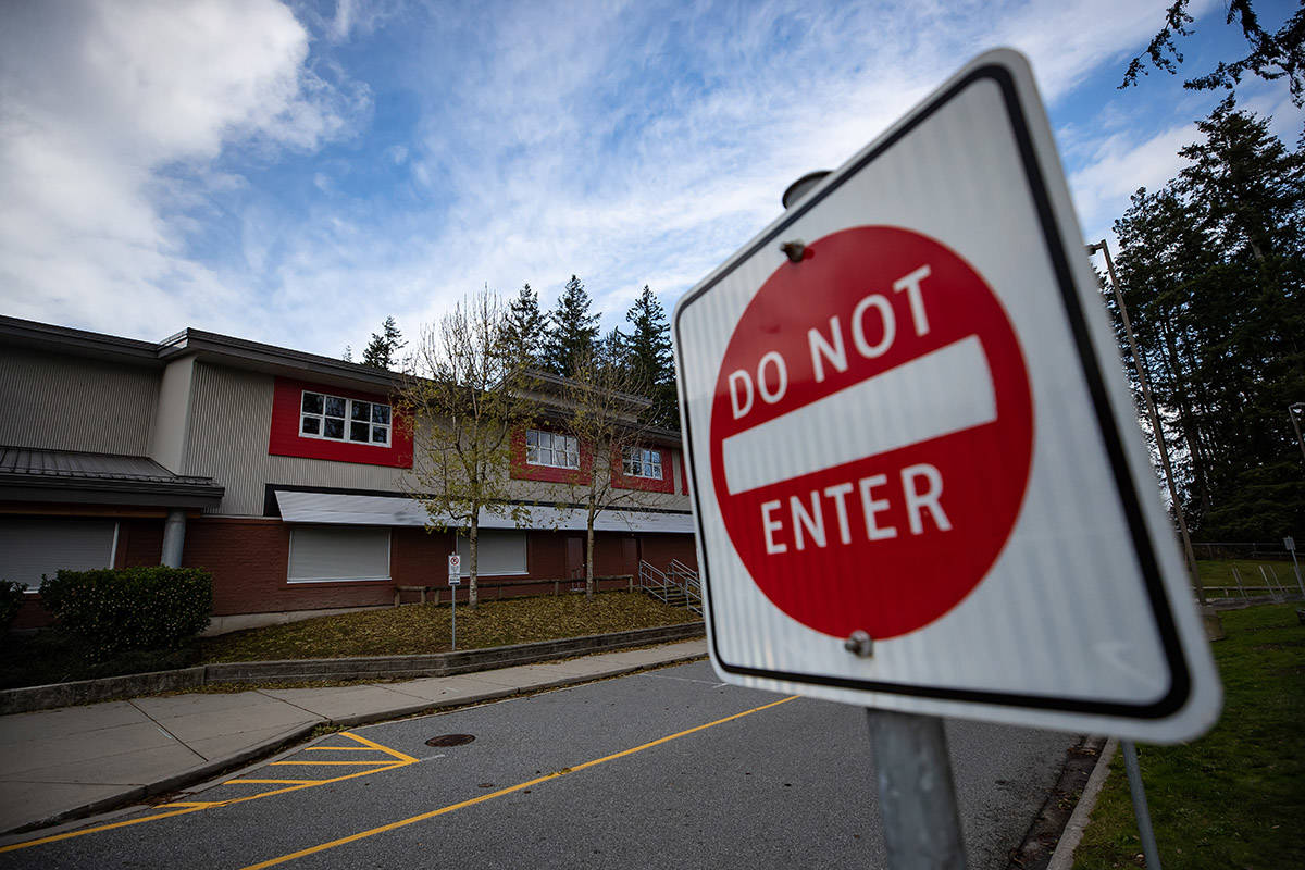 Cambridge Elementary School, which was ordered closed for two weeks by Fraser Health due to a COVID-19 outbreak, is seen in Surrey, B.C., on Sunday, November 15, 2020. THE CANADIAN PRESS/Darryl Dyck