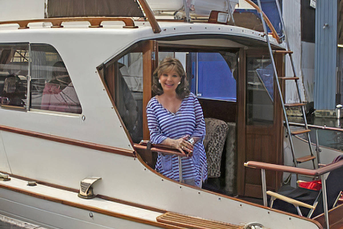 Dawn Wells (Mary Ann from 'Gilligan's Island') aboard the 'SS Minnow'. (Photo submitted, courtesy Ken Schley)