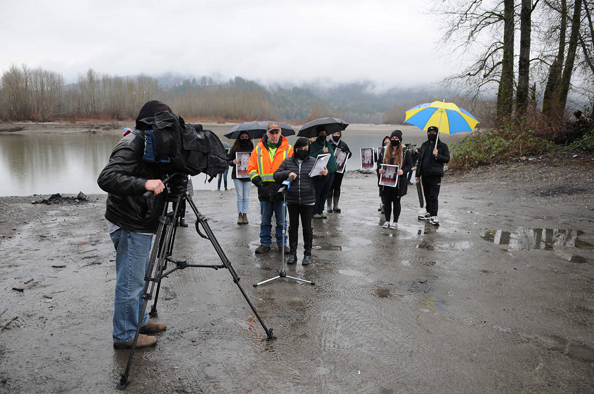 Alina Durham (left) speaks with media about her missing daughter, Shaelene Bell, on Tuesday, Feb. 2, 2021 on Ballam Road in Chilliwack. (Jenna Hauck/ Chilliwack Progress) Alina Durham (left) speaks with media about her missing daughter, Shaelene Bell, on Tuesday, Feb. 2, 2021 on Ballam Road in Chilliwack. (Jenna Hauck/ Chilliwack Progress)