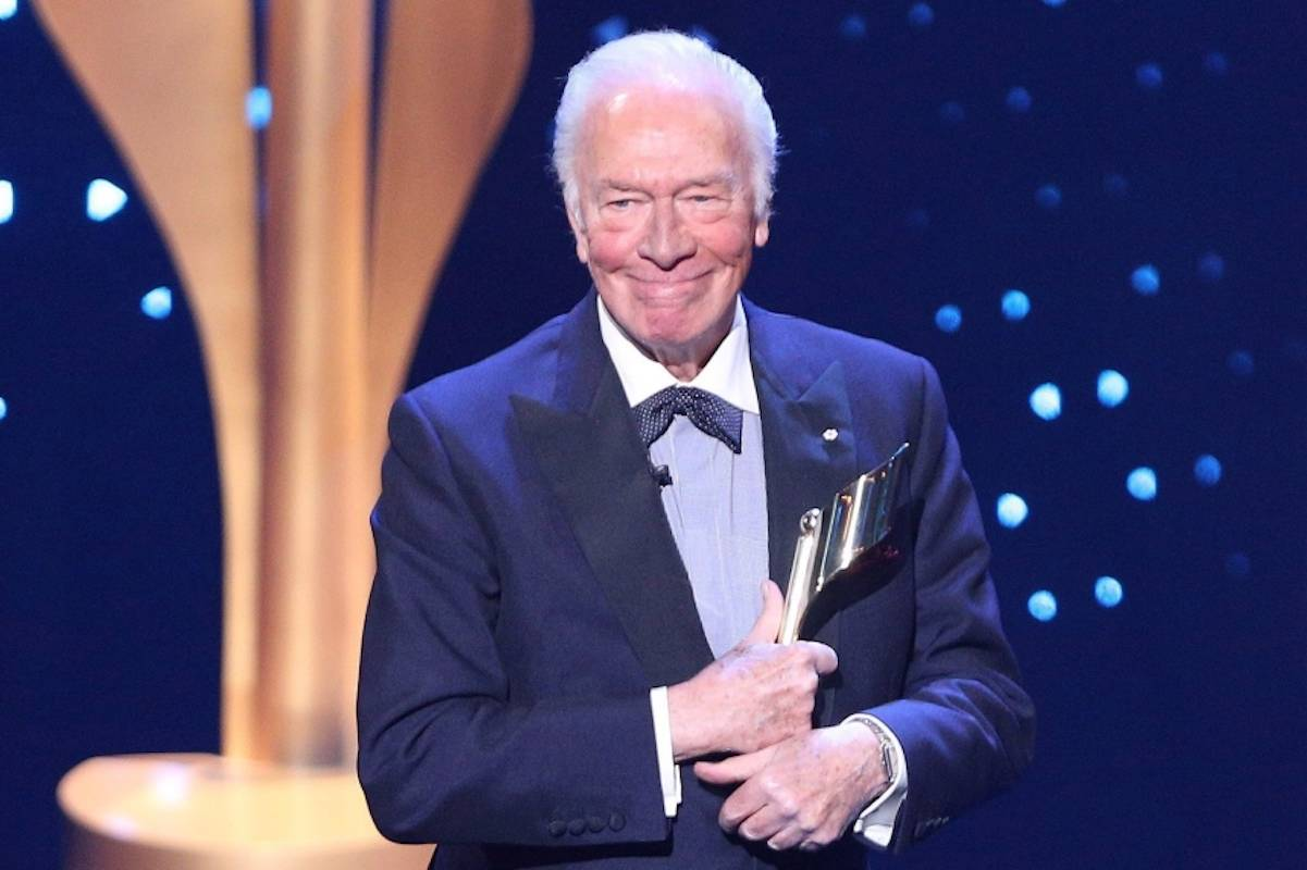 Christopher Plummer accepts the Lifetime Achievement Award at the 2017 Canadian Screen Awards in Toronto on Sunday, March 12, 2017. THE CANADIAN PRESS/Peter Power