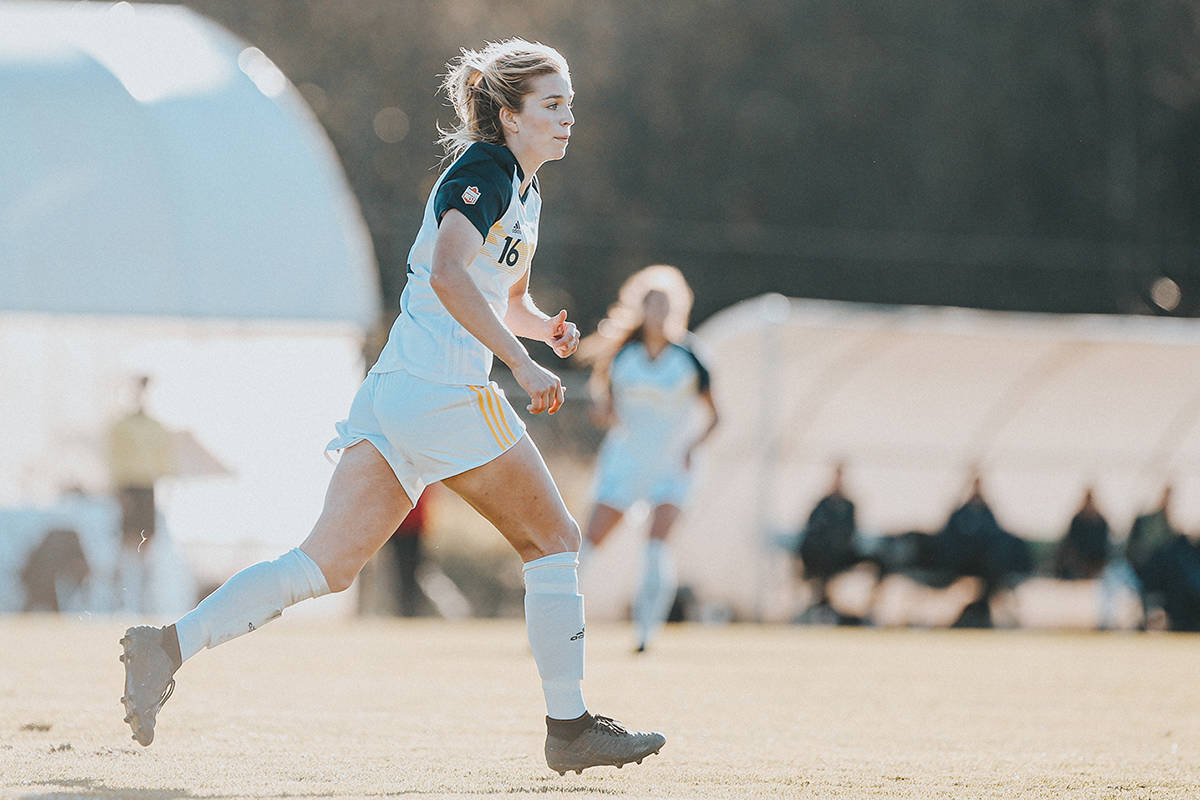 Jenaya Robertson, a star midfielder with Langley-based Trinity Western University Spartans, has inked her first professional contract, the Langley university announced on Wednesday, Feb. 10 (TWU)