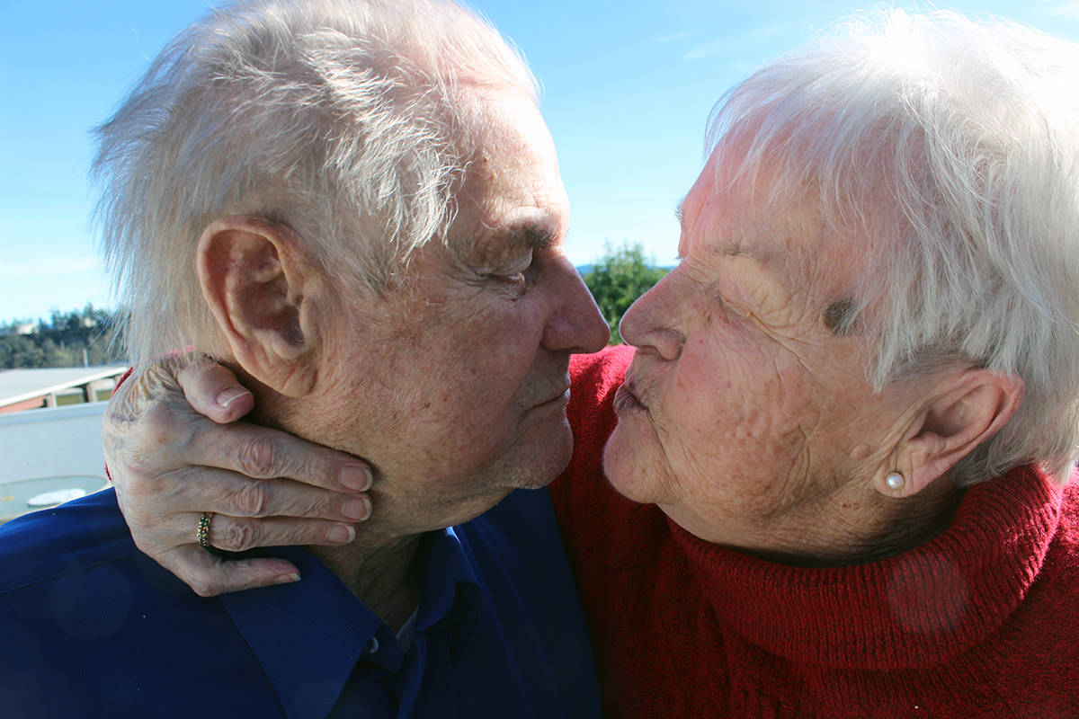 Ejlif and Anna Mose are still very much in love after nearly 70 years of marriage. (Photo by Don Bodger)
