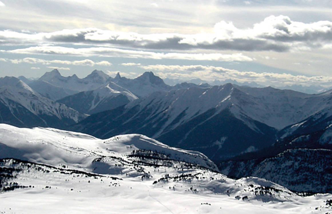 Banff National Park (Wikimedia Commons)