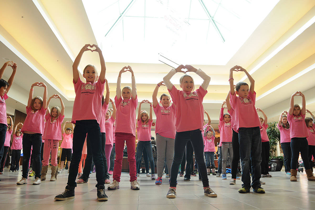 Grade 2-6 students from Evans elementary perform a flash mob to Ariana Grande's song 'Put Your Hearts up' at Cottonwood Mall in Chilliwack on Anti-Bullying Day on Wednesday, Feb. 26, 2014. This year's Anti-Bullying Day is Wednesday, Feb. 24. (Jenna Hauck/ Chilliwack Progress file)