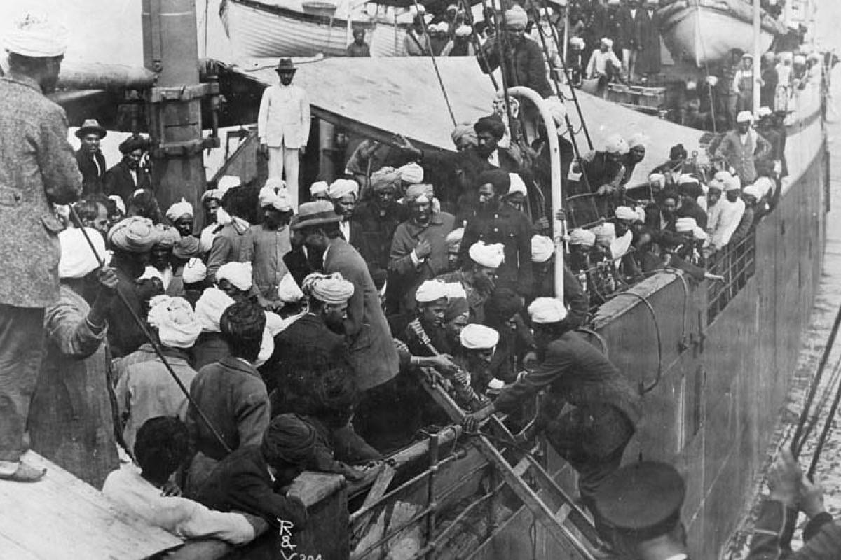 Passengers aboard Komagata Maru in Vancouver's Burrard Inlet, 1914 - Library and Archives Canada image