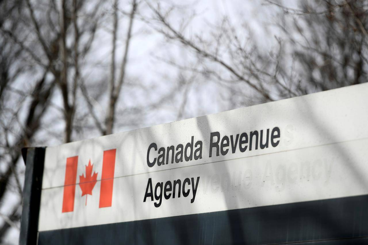 The Canada Revenue Agency says some taxpayers who repaid COVID-19 related benefits in 2020 are getting incorrect tax slips. THE CANADIAN PRESS/Justin Tang