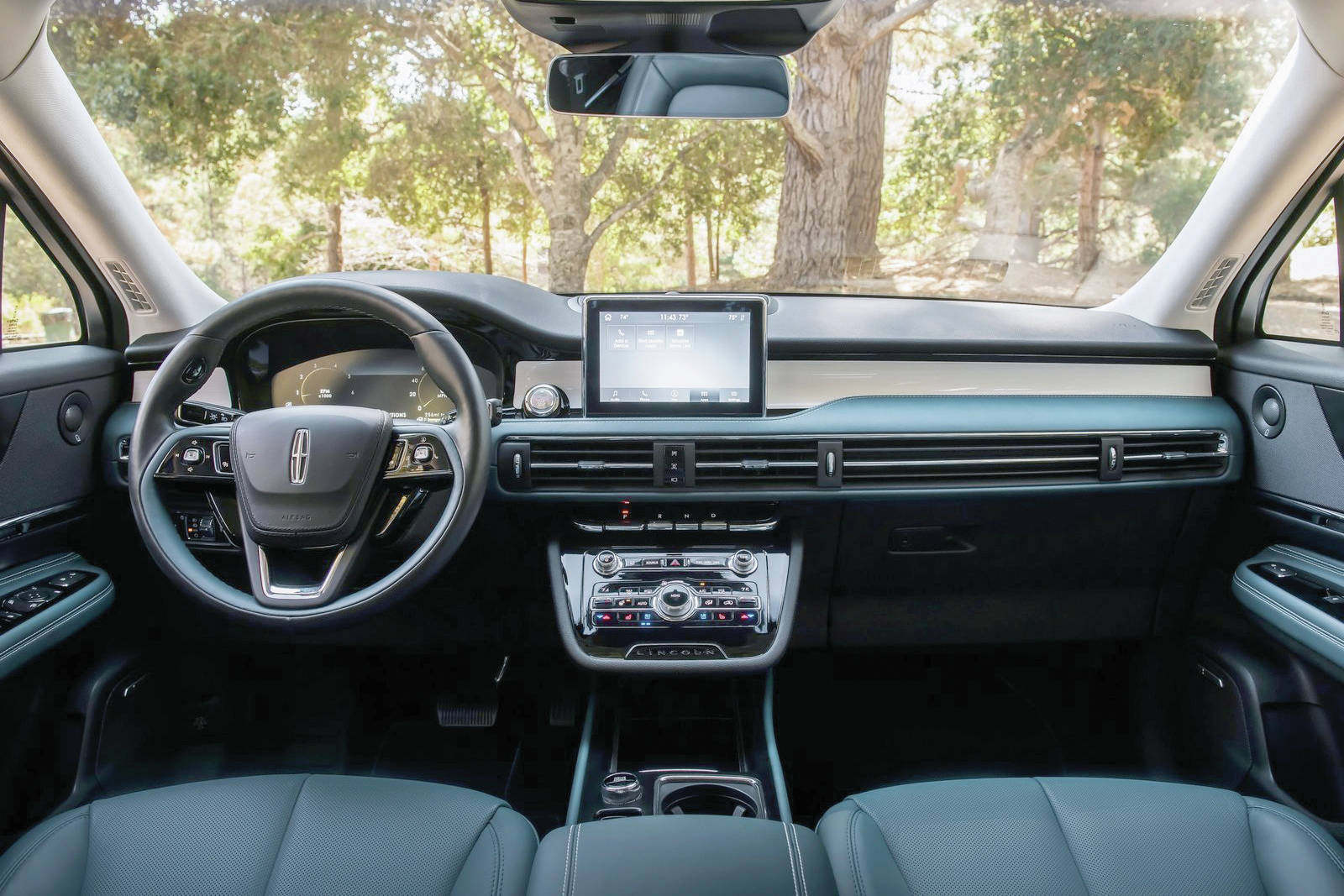 Compared with the MKC, the Corsair's dashboard is less cluttered and there's more shoulder room because of a more than 7.5-centimetre increase in width.