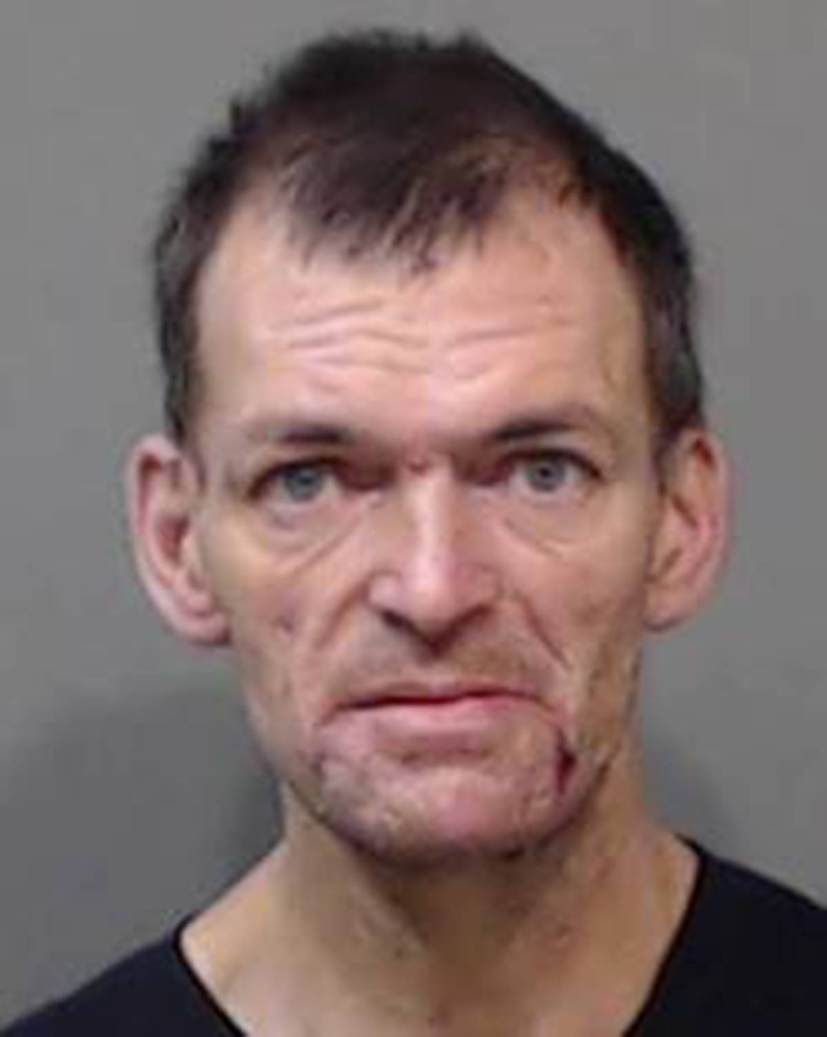 """Name: HARPER, Earle Age: 46 Height: 5'11"""" ft Weight: 186 lbs Hair: Brown Eyes: Blue Wanted: Failure to Comply with Probation Warrant in effect: March 4, 2021 Parole Jurisdiction: Chilliwack, B.C."""
