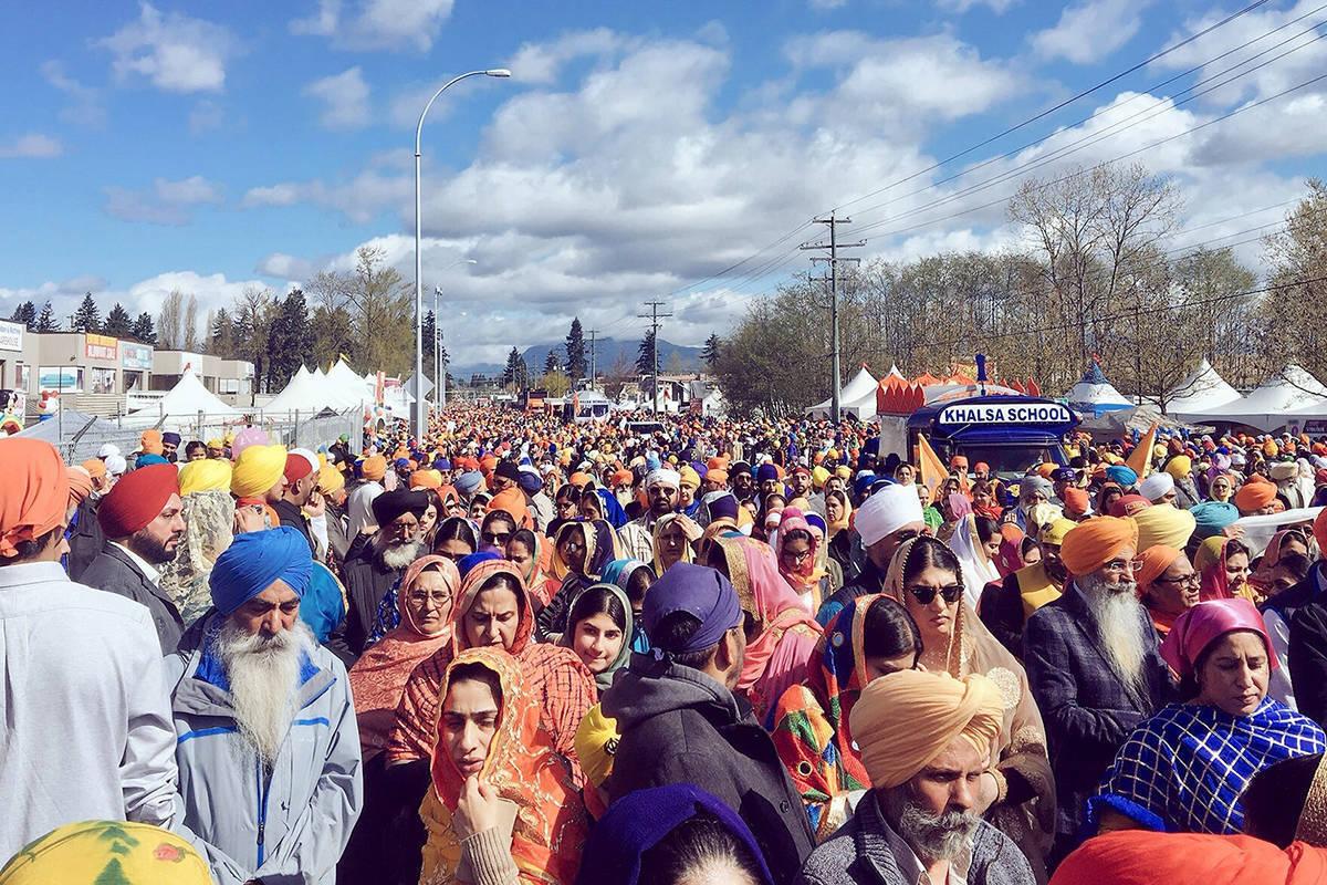 Surrey Vaisakhi parade crowd in Newton in April 2018. (File photo: Crystal Scuor)