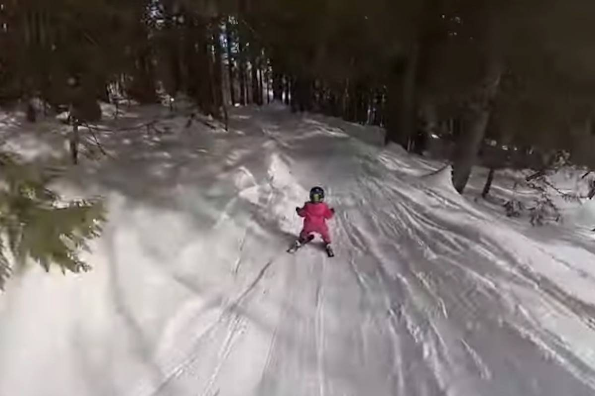 Three-year-old Adia Leidums skiing at Fernie Alpine Resort. (Image courtesy of Erich Leidums)