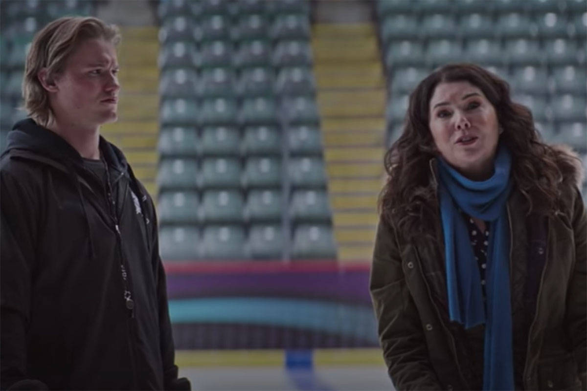 Lauren Graham (right) is one of the main stars in Mighty Ducks: Game Changers, which began streaming today on Disney+. This scene was filmed at Abbotsford Centre. (YouTube)