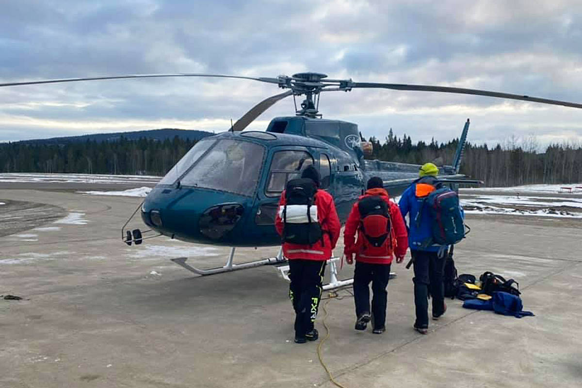 South Cariboo Search and Rescue head to the scene of an avalanche at Eureka Peak. (South Cariboo Search and Rescue Facebook photo)