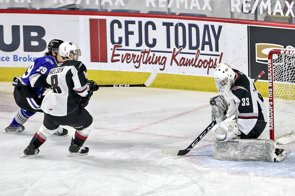 Giants goaltender Drew Sim stopped 23 shots to earn his first career WHL victory against Victoria on March 30, 2021 (Allen Douglas/Special to Langley Advance Times)