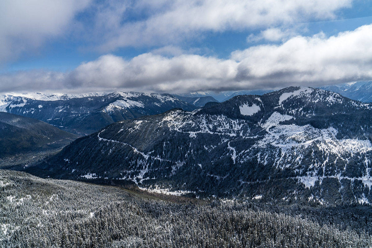Looking east from Chipmunk Ridge (approx. location of Gondola #2 upper terminal), with views of the Cascade Range.