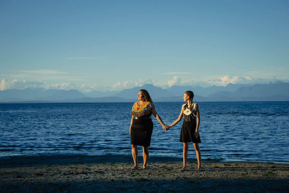 Danita Bilozaze and her daughter Dani in Comox. Photo by Karen McKinnon