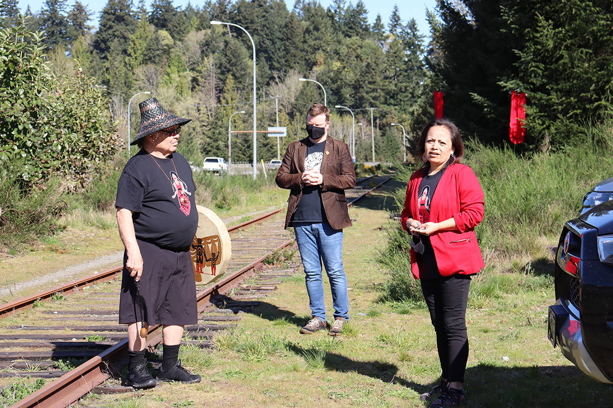 Stz'uminus Elder George Harris, Ladysmith Mayor Aaron Stone, and Stz'uminus Chief Roxanne Harris opened the ceremony. (Cole Schisler photo)