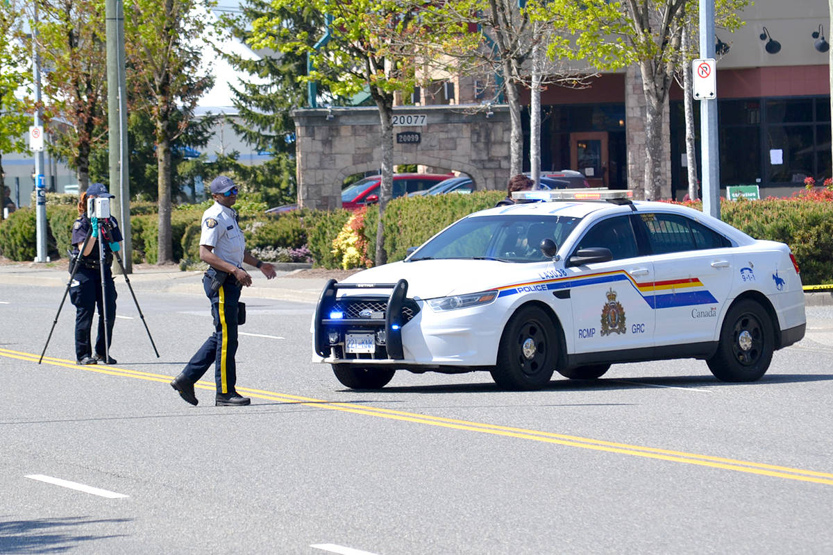 IHIT investigates the shooting Wednesday morning outside of Langley Sportsplex at 91a Ave and 200 Street. (Ryan Uytdewilligen/The Star)