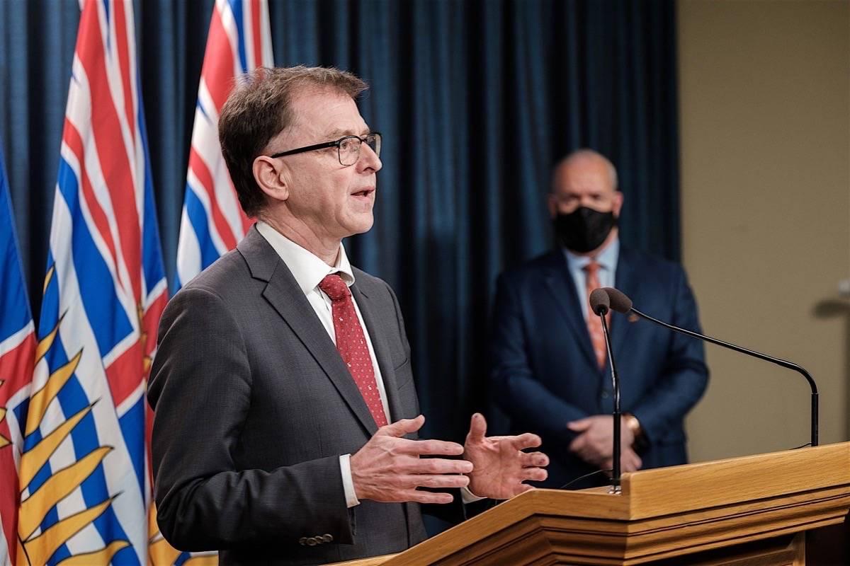 B.C. Health Minister Adrian Dix and Premier John Horgan describe vaccine rollout at the legislature, March 29, 2021. (B.C. government)