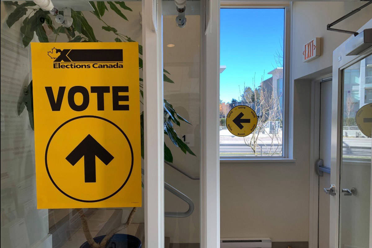 An Elections Canada sign that leaders voters to a polling station. (Black Press file photo)