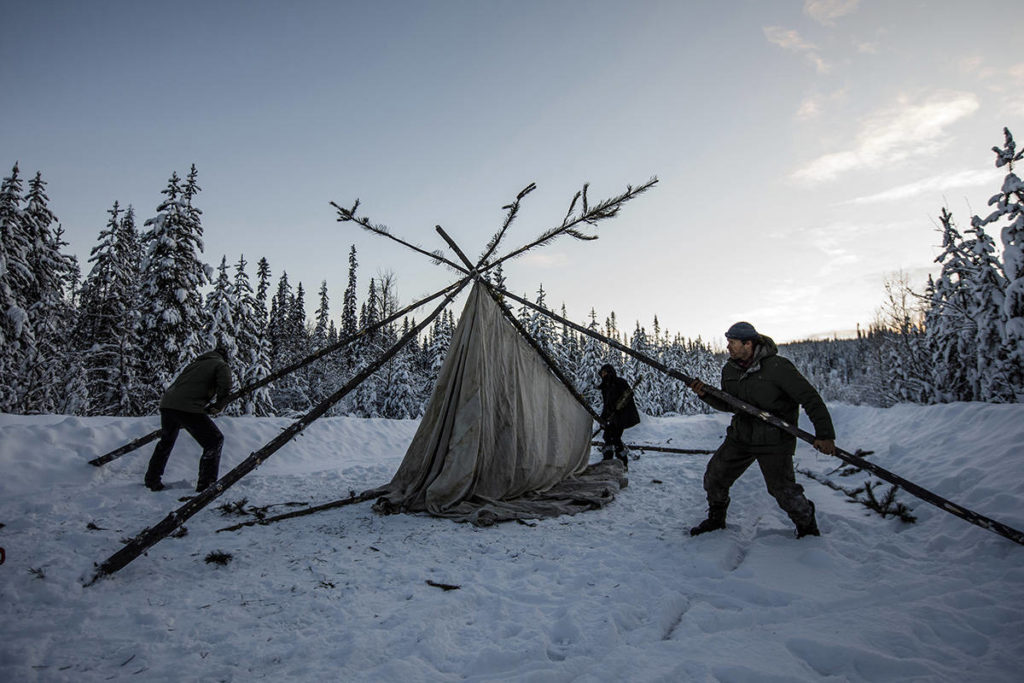 FILE – Supporters of the Wet'suwet'en hereditary chiefs and who oppose the Coastal Gaslink pipeline set up a support station at kilometre 39, just outside of Gidimt'en checkpoint near Houston B.C., on Wednesday January 8, 2020. The Wet'suwet'en peoples are occupying their land and trying to prevent a pipeline from going through it. THE CANADIAN PRESS/Jason Franson