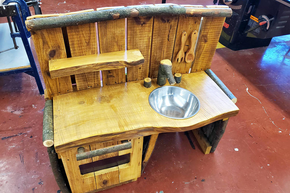 When they heard about the vandalism at the outdoor school in Williams Park, students at R.E.Mountain school created a replacement for the outdoor mud kitchen. Because of continuing thefts and vandalism at the outdoor school, the play kitchen is being stored indoors after hours. (Special to Langley Advance Times)
