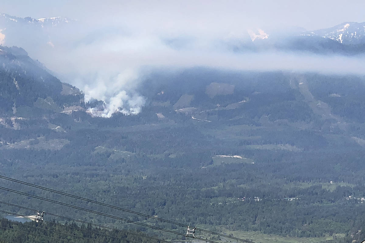 A photo of the Chehalis fire around 11 a.m. on Sunday morning (May 16, 2021). (Walt Bliault photo)
