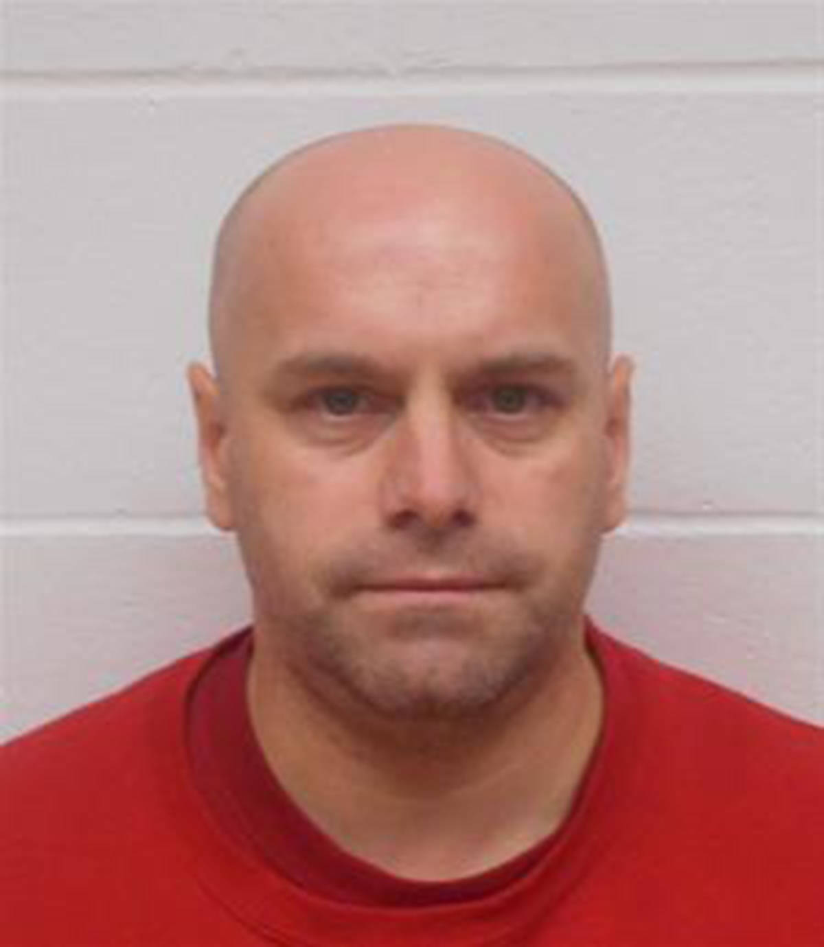 """Name: LAXTON, Peter Curtis Age: 43 Height: 5'1"""" ft Weight: 180 lbs Hair: Bald Eyes: Blue Wanted: Unlawfully at Large including Robbery Warrant in effect: May 14, 2021 Parole Jurisdiction: Vancouver, BC"""