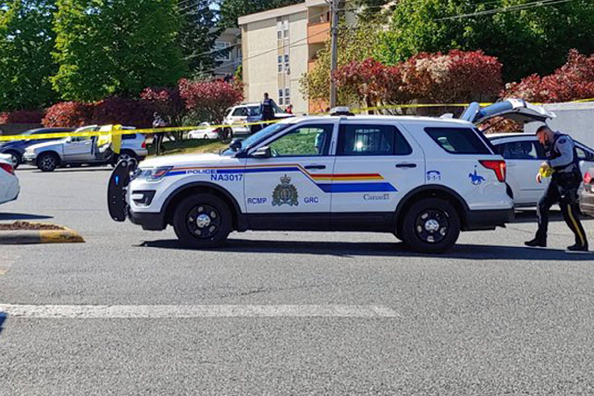 RCMP are on scene near the Wendy's at Rock City Centre in Nanaimo. (Chris Bush/News Bulletin)
