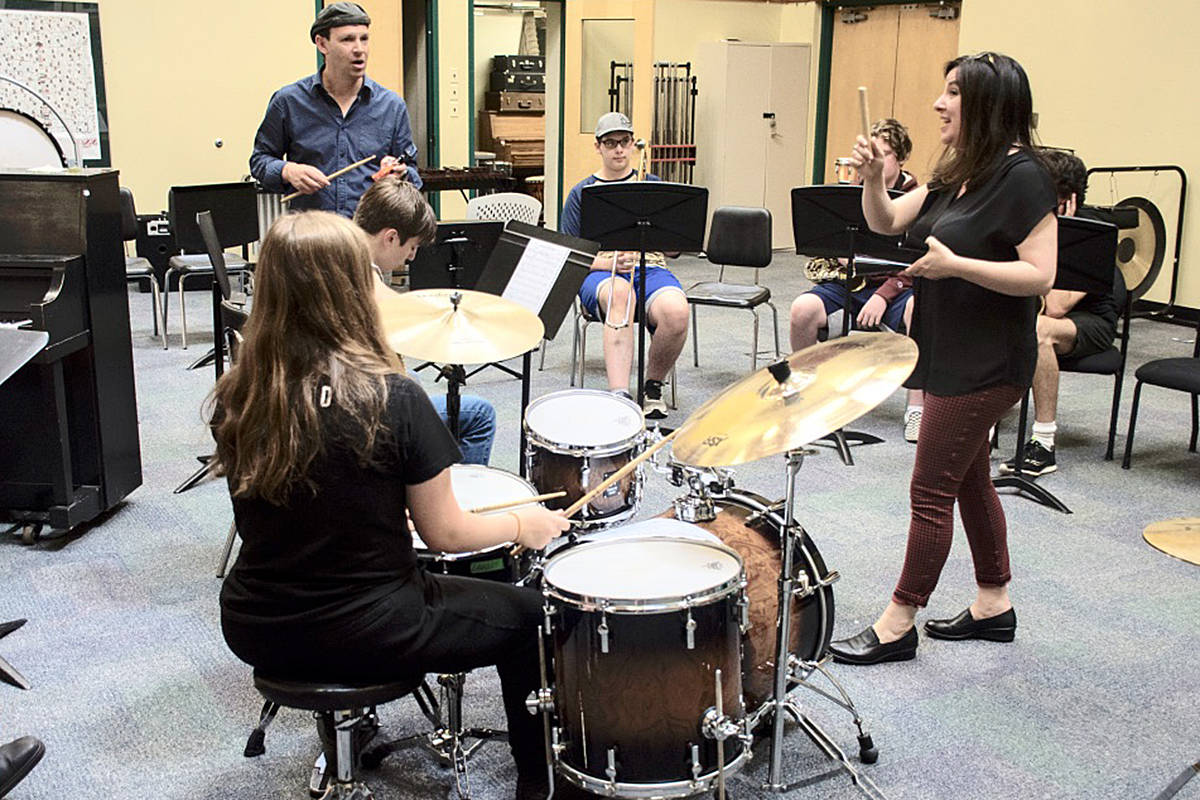 Jodi Proznick (right) and Kristian Alexandrov lead a jazz workshop. (Special to Langley Advance Times)