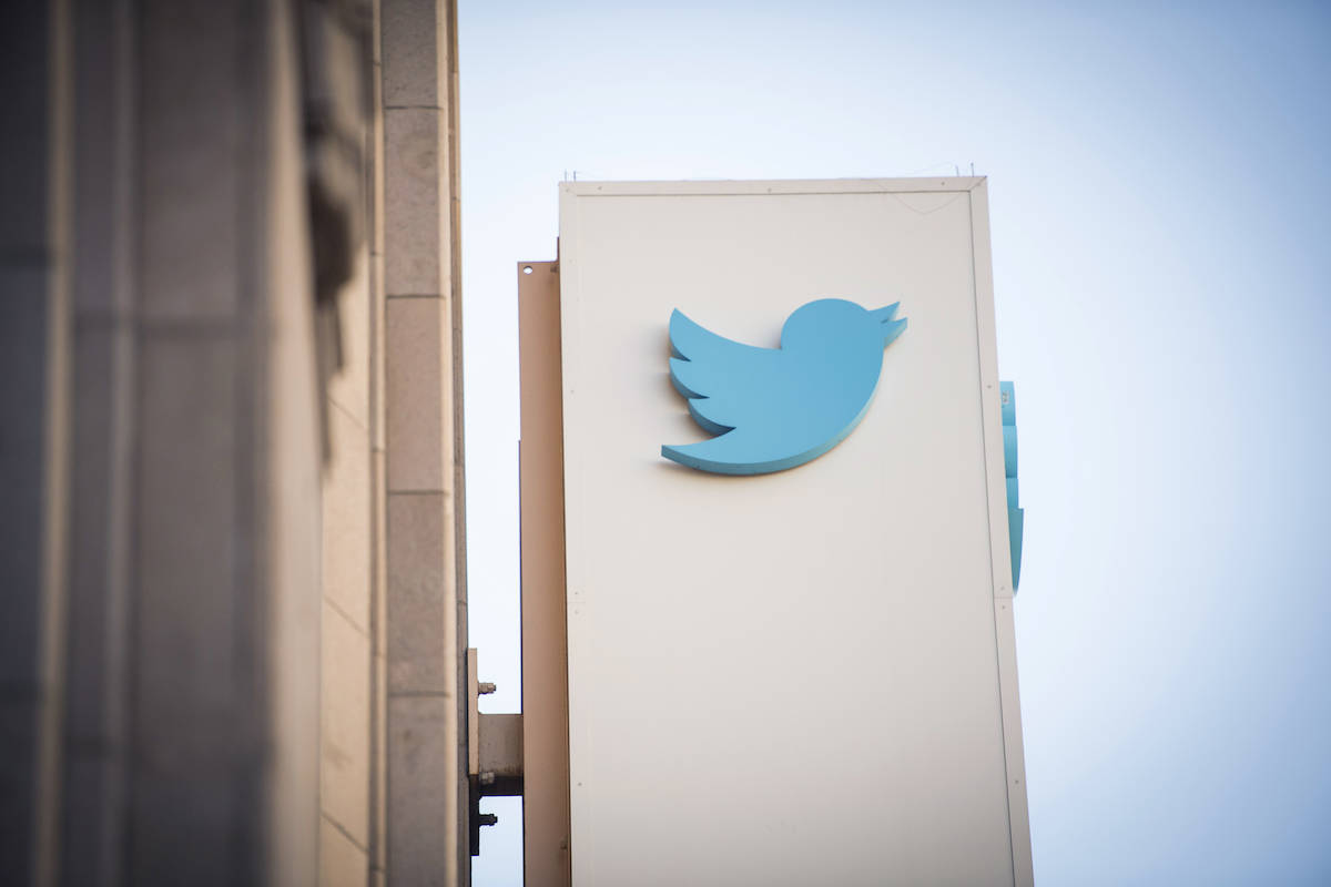 The Twitter logo is displayed outside the company's headquarters in San Francisco. (Bloomberg/David Paul Morris)