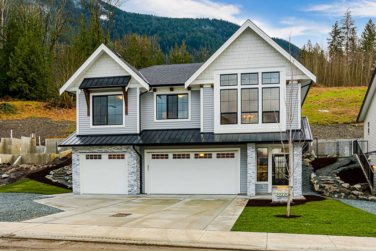 The final phase of Elk Creek Estates is now selling, and just a few properties remain. All are single-family homes, and many include a basement suite for supplement rental income or multigenerational families. Are you ready to move in?