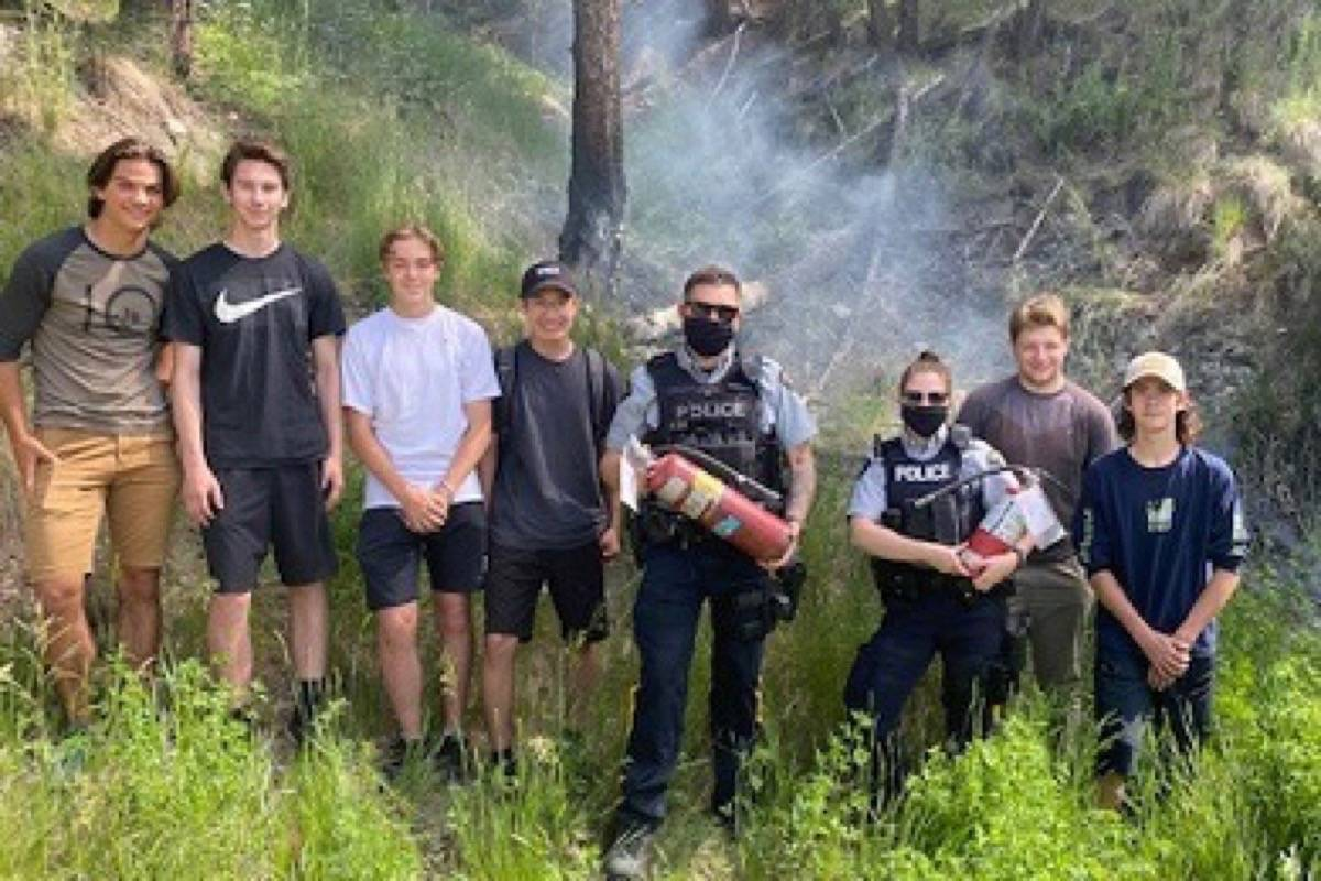 Lake City Secondary School Williams Lake campus students Ethan Reid, from left, Brenden Higgins, Ty Oviatt, Kaleb Alphonse, Nathan Kendrick and Landon Brink with RCMP officers Const. Nicoll and Const. Stancec. (Photo submitted)