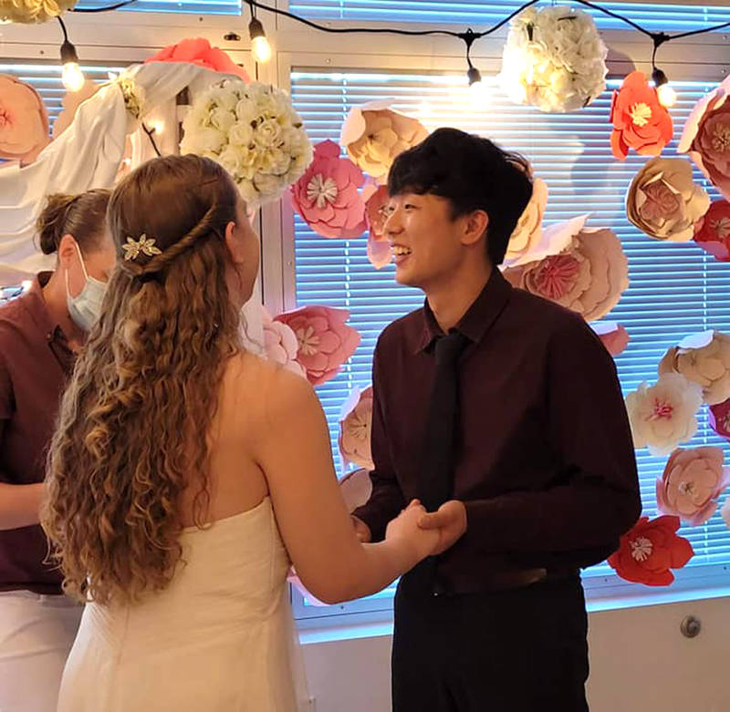 Robin Sanford and her fiance Simon Park were married in an impromptu ceremony at Abbotsford Regional Hospital on June 16. (Submitted photo)
