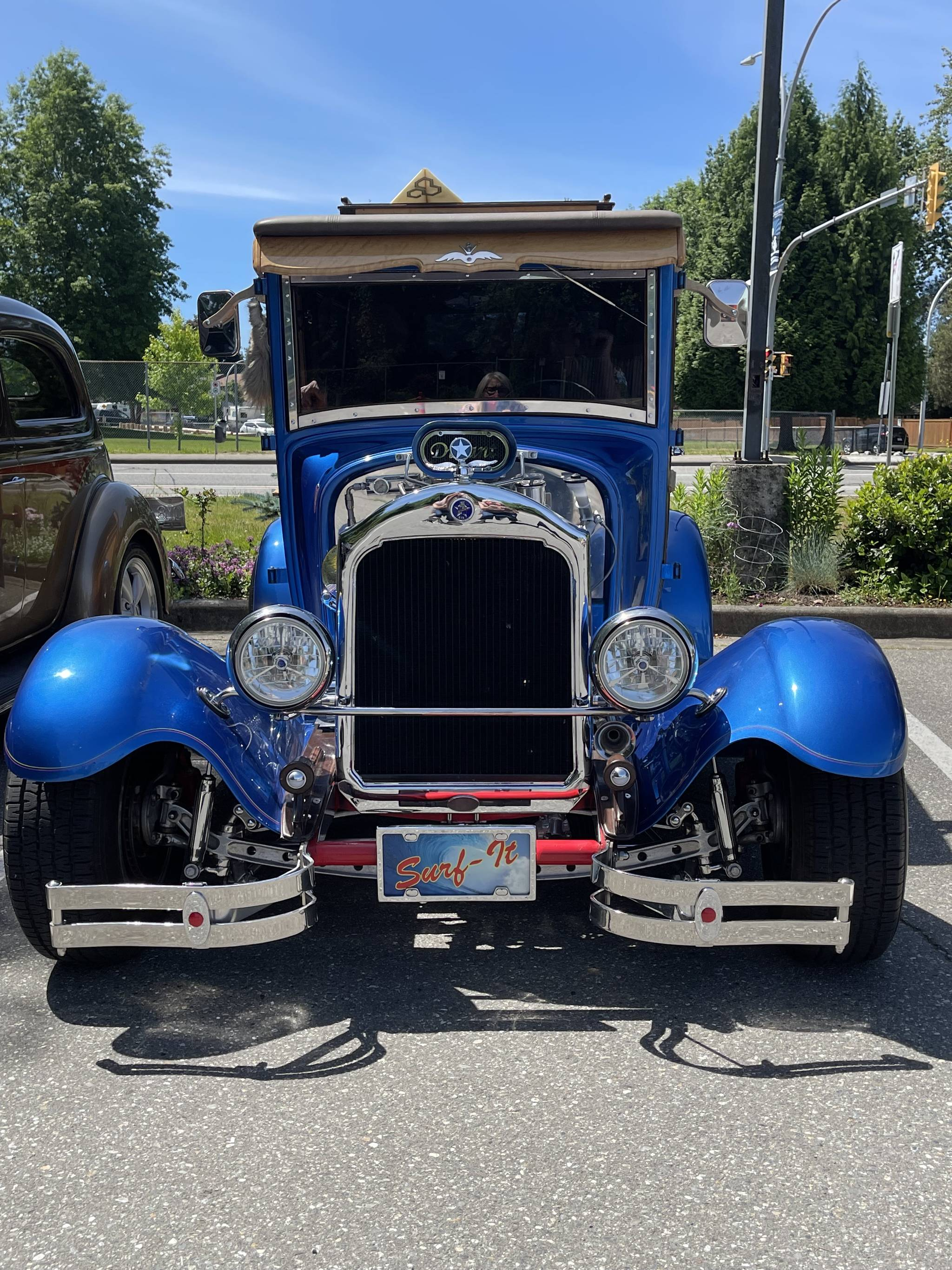 Langley Senior Resources Society hosted a Father's Day drive-thru on June 20, 2021. They invited seniors to bring out their vintage cars. (LSRS/Special to Langley Advance Times)