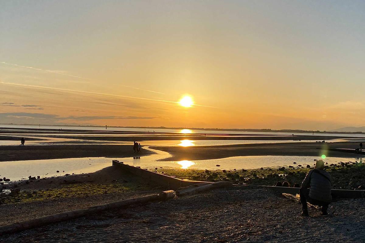 Sunset at Crescent Beach. (Photo: Tom Zillich)
