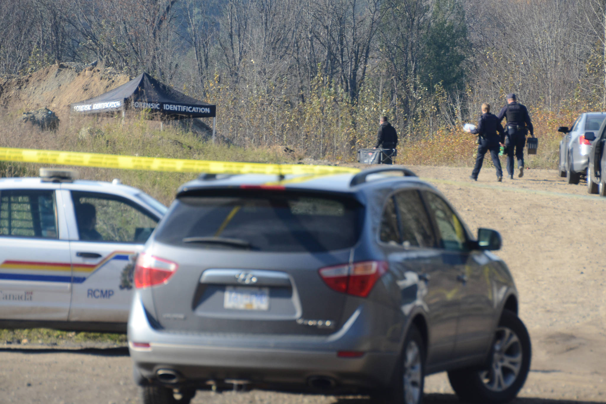 Homicide investigators were on scene Nov. 1, 2019 following the discovery of a body on the Soowahlie First Nation reserve off Sleepy Hollow Road near Cultus Lake, south of Chilliwack. (Paul Henderson/ The Progress)