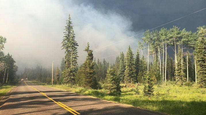 Smoke from a fire on Watch Lake Road. (Patrick Davies photo - 100 Mile Free Press)