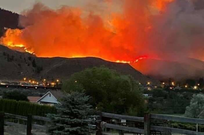 Wildfire burning in Kamloops on July 2, 2021. (Kelsey Abraham/Contributed to Black Press Media)