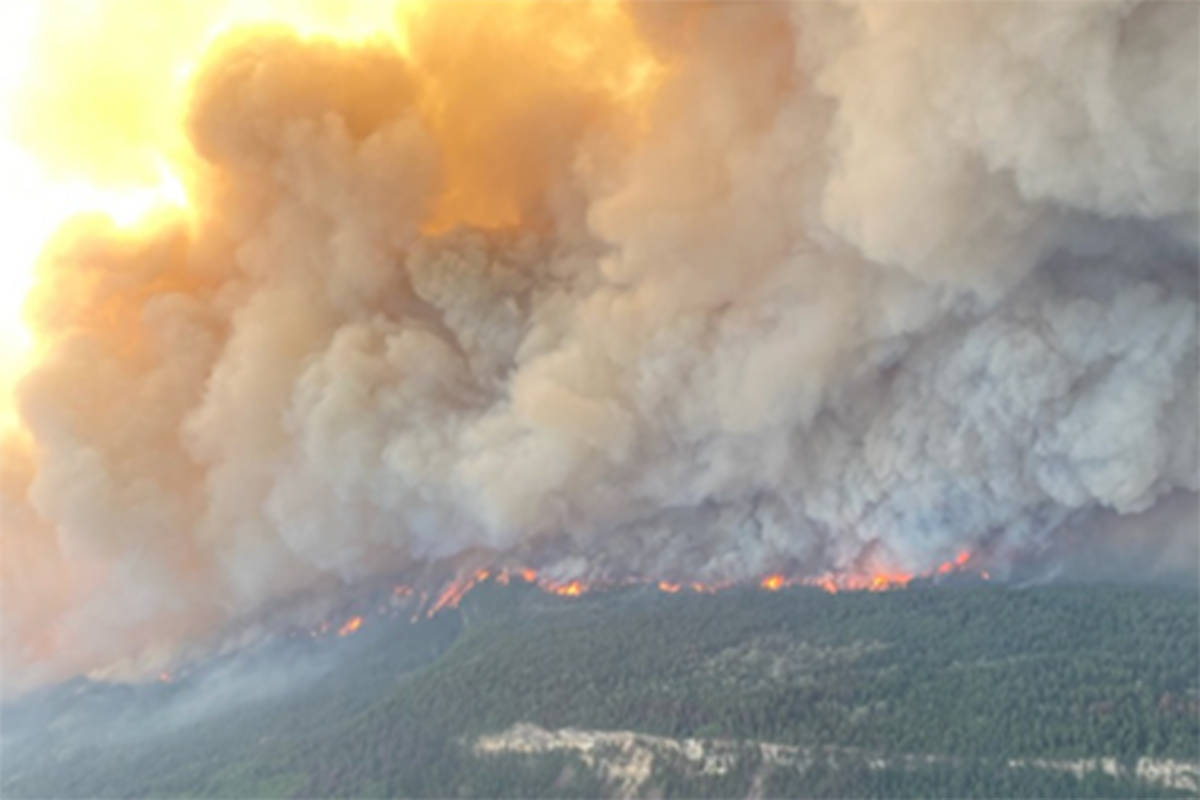 Sparks Lake wildfire. (BC Wildfire Service)