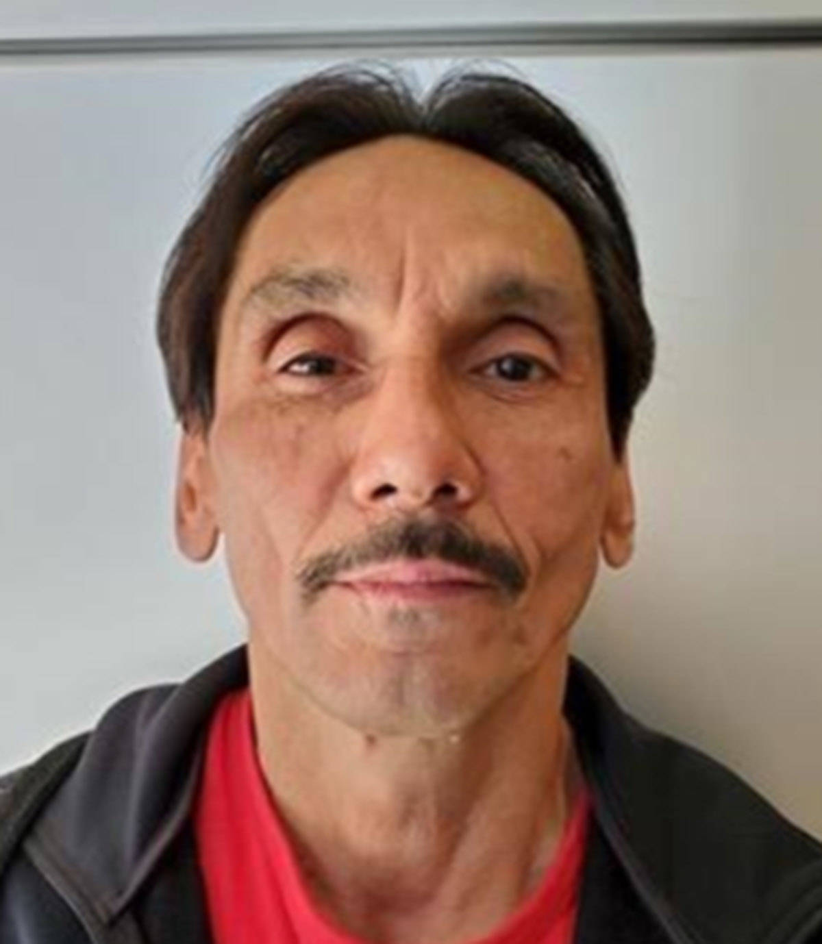 """Name: KIRTON, Kenneth Age: 54 Height: 5'3"""" ft Weight: 189 lbs Hair: Black Eyes: Brown Wanted: Canada Wide Warrant – Breach of CCRA Warrant in effect: June 30, 2021 Parole Jurisdiction: Vancouver, BC"""