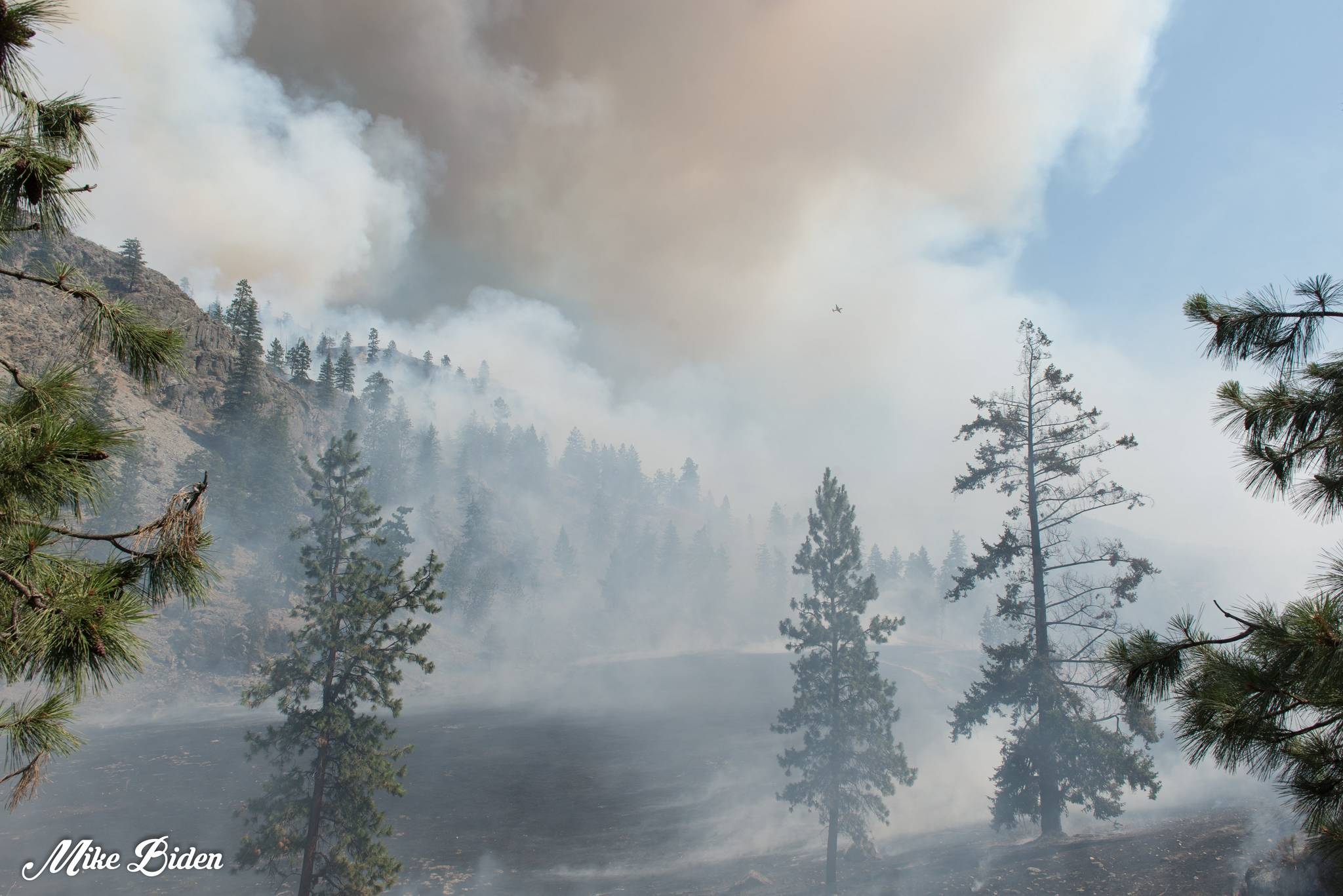 Mike Biden photos of the Thomas Creek fire.