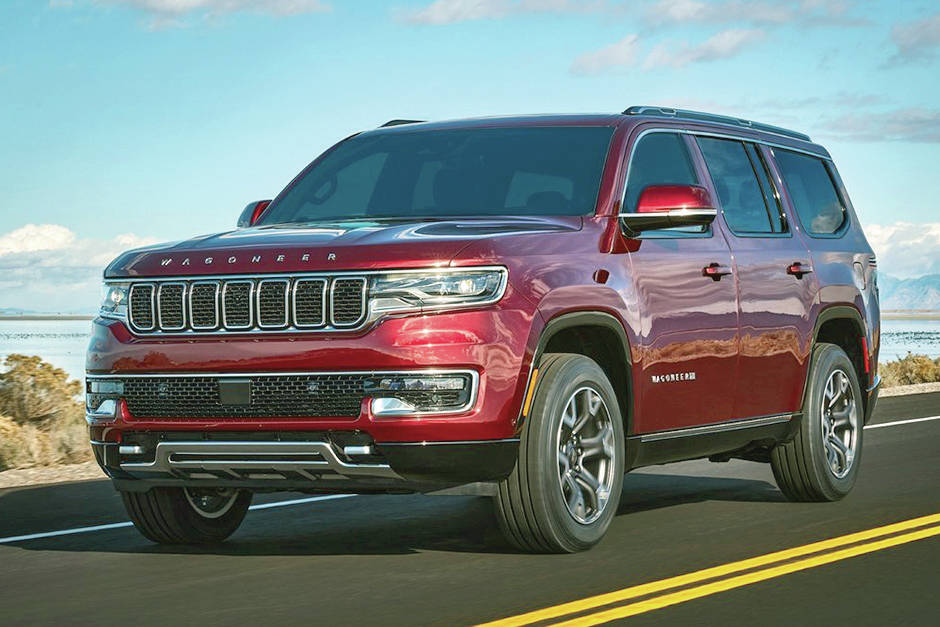 Jeep is expanding its lineup with an elongated Jeep Grand Cherokee that has three rows of seats.