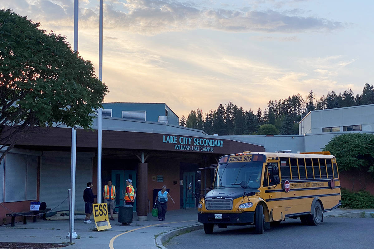 Evacuees from Ulkatcho First Nation leave the ESS centre in Williams Lake Wednesday evening, heading for accommodations in Prince George. (Angie Mindus photo - Williams Lake Tribune)