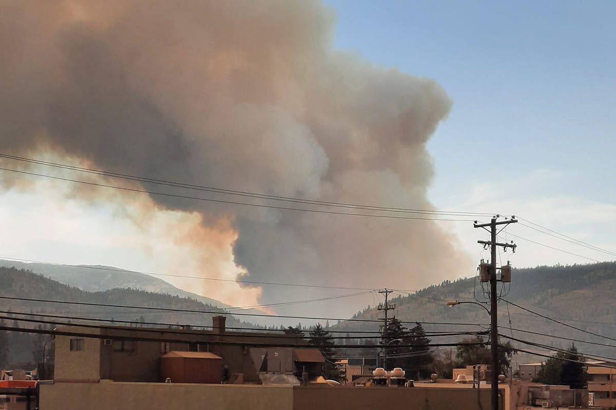 A large new fire has erupted on Inkameep Road in Oliver Monday afternoon, July 19, 2021. (Lisa Green Berry photo. Facebook)