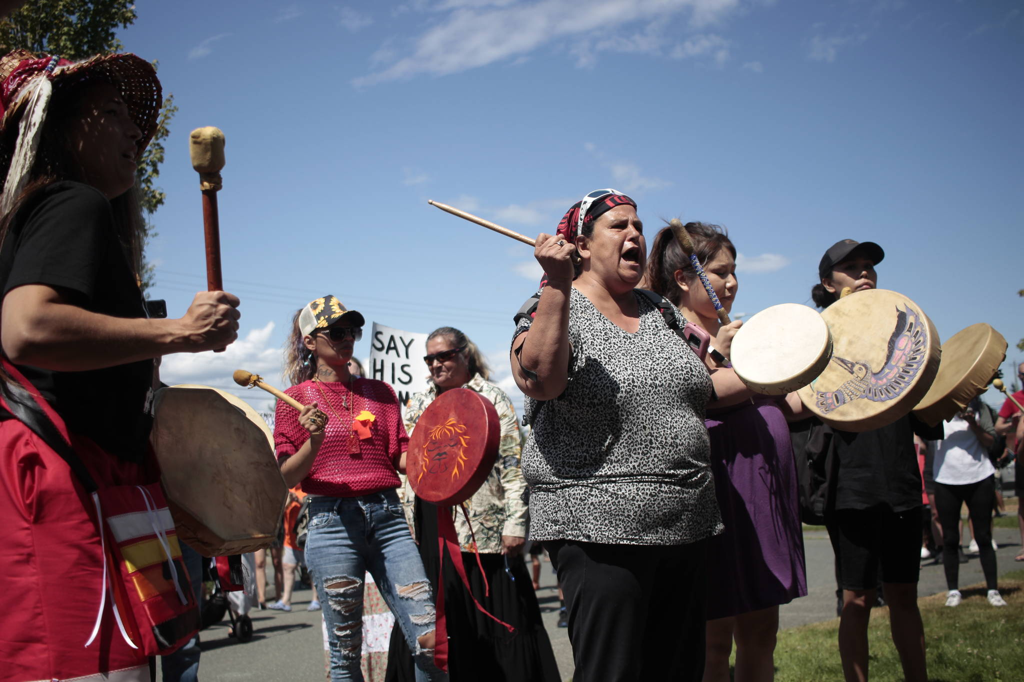 Drummers approach the Campbell River RCMP detachment. On July 8, Wet'suwet'en man Jared Lowndes was shot by RCMP outside a Tim Hortons. Photo by Marc Kitteringham / Campbell River Mirror